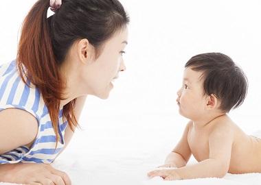 Làm thế nào để kích thích phát triển ngôn ngữ, cách dạy bé chậm nói?