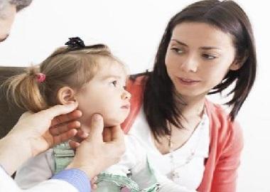 Khi nào thì cần can thiệp cá nhân cho bé chậm nói?